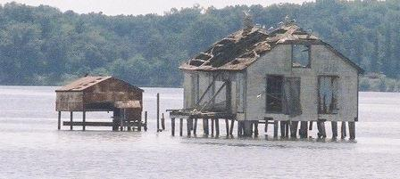 A very unique hunting shack on Nomini Bay in Virginia. The Chesapeake Today photo