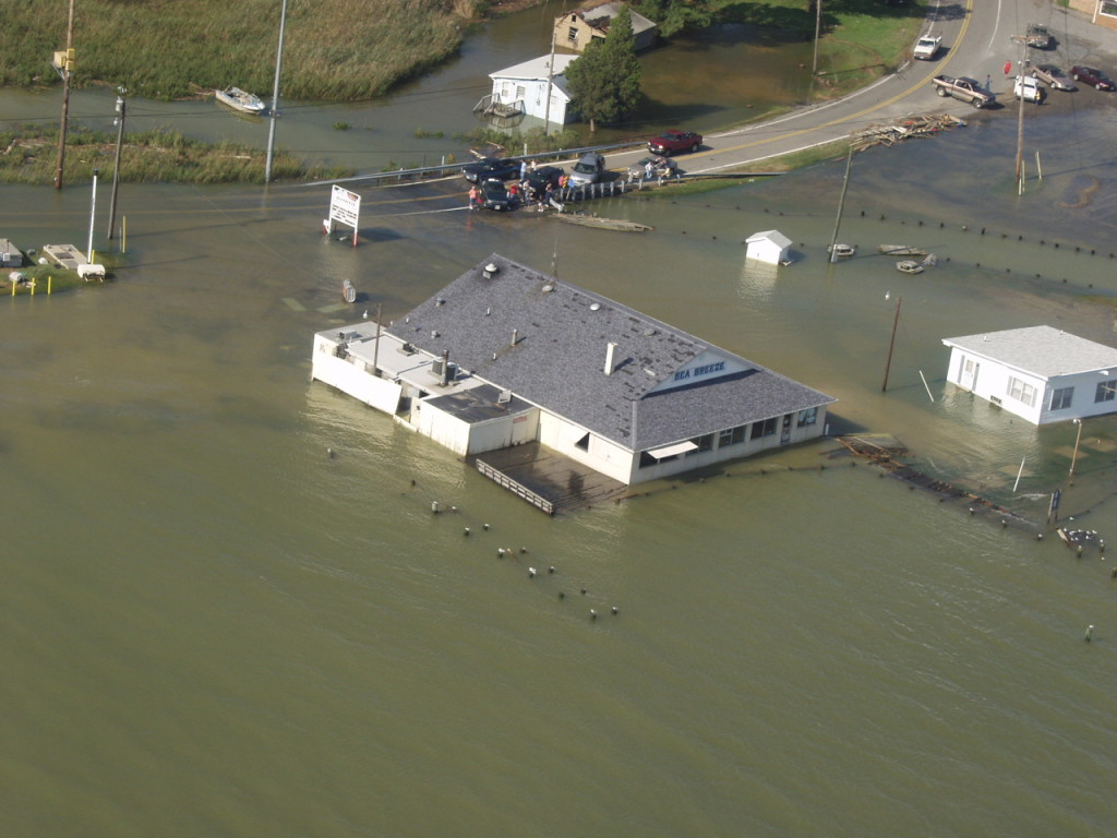 This bar at Sandgates, Md., on the Patuxent River found that customers needed rowboats.