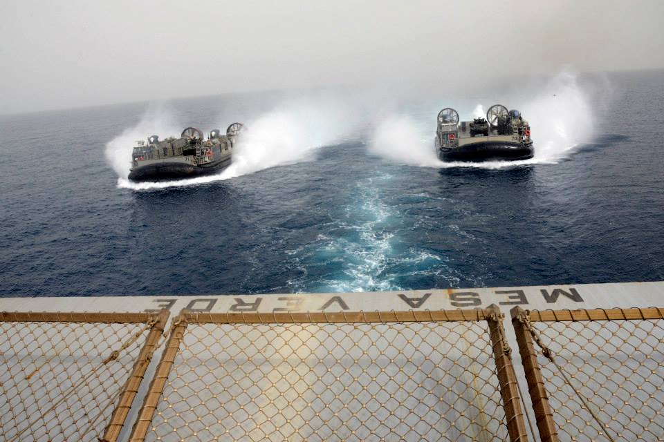 USS-Mesa-Verde-with-two-Hovercrafts