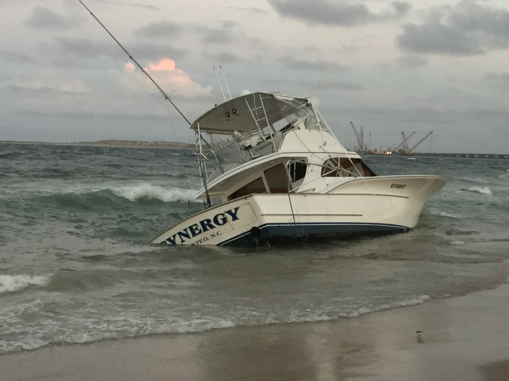 Coast guard plucked five from water at oregon inlet the for Oregon inlet fishing
